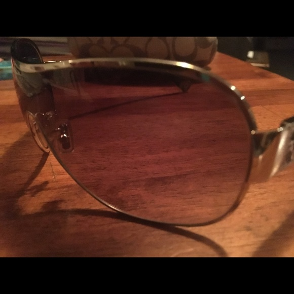 ad507232d1c9 ... czech coach reagan sunglasses bf1cb f9be5
